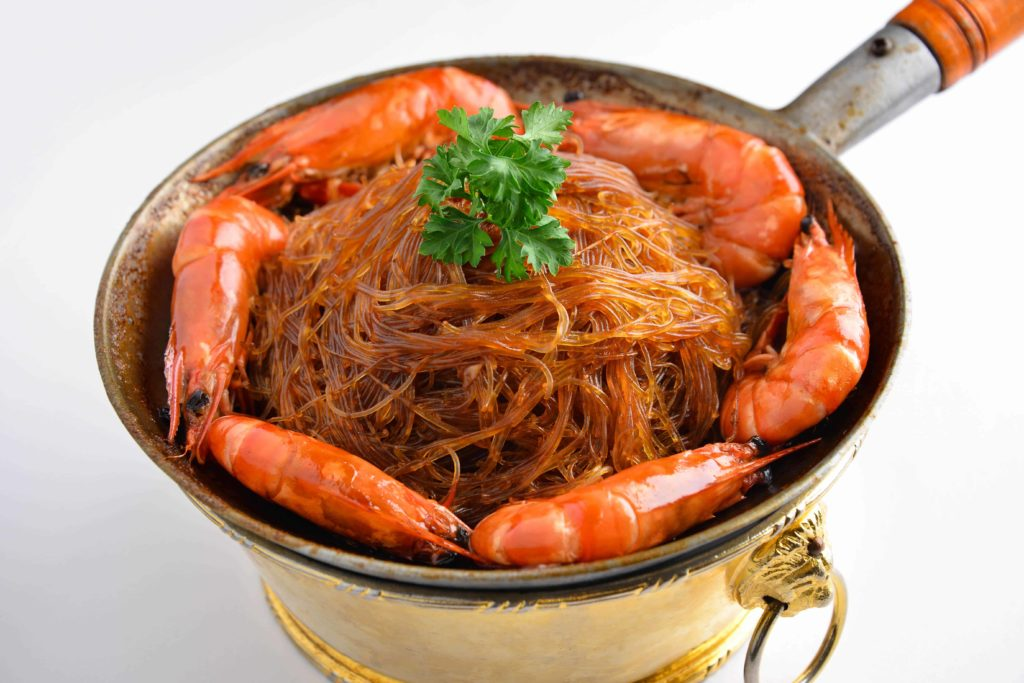 Baked king prawns with vermicelii